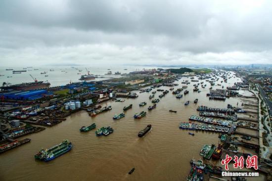 """农业农村部紧急部署第15号台风""""丽琵""""和第16号"""